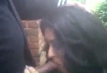 Армянская девушка сосет за деньги