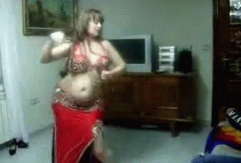 Эротический танец пышной мусульманки